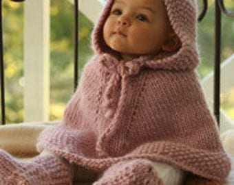 Hand Knitted poncho with hood in wool for babies, made to order