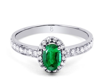 18ct White Gold Emerald & Diamond Halo Engagement Ring 0.32ct 2mm