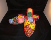"Vintage Bertlyn Newyork Patch Work Worn Genie ""Elf"" Women Bedroom Slipper Shoes Size 6-6.5 (1960s)"