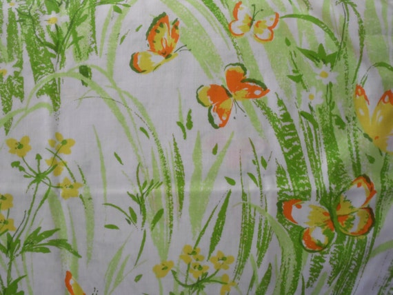 FREE SHIPPING - Butterfly Pillowcases/Vintage Pillowcases/Pair of Pillowcases/Vintage Linen