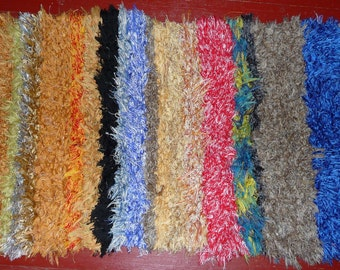 Amish Woven Area Rug - Hand Loomed - Multicolor