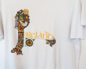 LARGE Vintage 1980s Ireland Soft and Thin Graphic T-Shirt