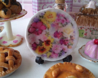 Dolls House miniature 'Pink Flower' Ceramic Plate