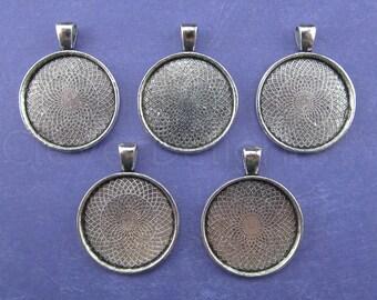 "20 - 1 Inch Round Pendant Trays - Antique Silver Color - Vintage Antique Style Pendant Blanks Bezel Setting 25 mm 1"" Diameter"