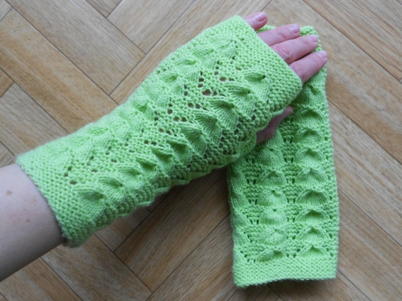 Lace Arm Warmers Knitting Pattern : Lovely lace fingerless gloves knitting by CuteCreationsByLea