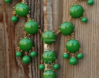 Green statement necklace Bubble necklace for girls Bib necklace for women gift for holiday gift Beaded necklace statement jewelry