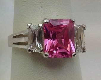 Sterling silver pink and white cubics ring. Size 8