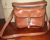 Diamond Co Vintage Leather Camera Bag