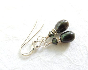 Freshwater Pearl Earrings, Iris Green Pearl Earrings, Bridal Earrings, Elegant Earrings, Small Dangle Earrings, Pearl Jewelry, Accessories