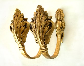 Antique french gilded bronze large curtain tie backs. Set of 2. Acanthus leaf  motif. French chateau