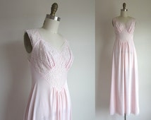 CLEARANCE 1950s Lingerie / Vintage 1950s Nightgown / Deadstock Pink Nylon Nightgown Size Small