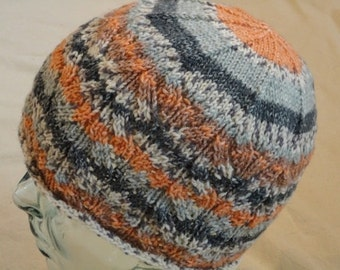 Beautiful handknitted hat size M/L
