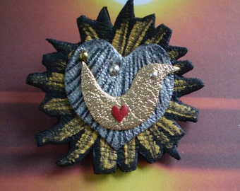Love bird Brooch.. in recycled leather for your Valentine.