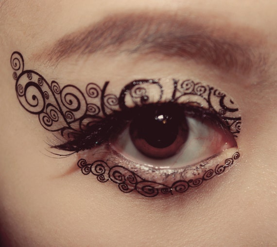 Eye makeup tattoo