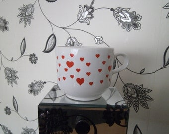 White mug with red hearts 1980s