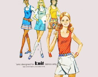 1970s Womens Patterns / Vintage Sewing Pattern / 70s Mini Skirt Scooter Skirt Pattern / Culottes & Tunic Top Pattern Simplicity 9332 Bust 34