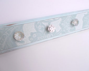 Flower and glass knob wall hook hanger