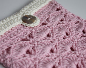 KINDLE cover British made Pink and Cream Crochet uk seller handmade
