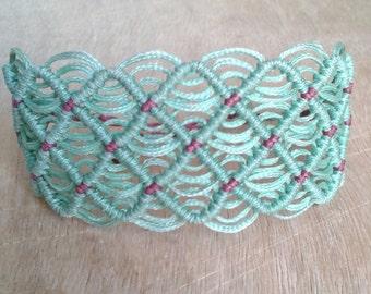 Lace macrame bracelet