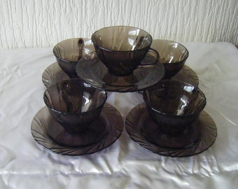 5 Vereco France Pyrex Smoked Tea Cups and Saucers