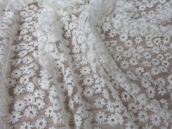 Off white lace fabric beautiful daisy floral fabric for White lace fabric for wedding dresses