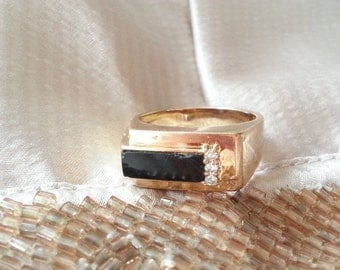 10K Gold Onyx Vintage Ring Size 8