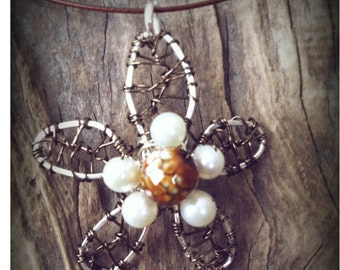 Hand hammered flower necklace with agate and pearls
