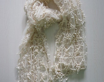 ecru - Vintage style Lace Scarf  #01