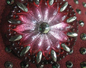 Dazzling Daisy in Cranberry Czech Glass Button 32mm