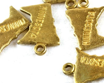 6x Brass Engraved Minnesota State Charms - M057-MN