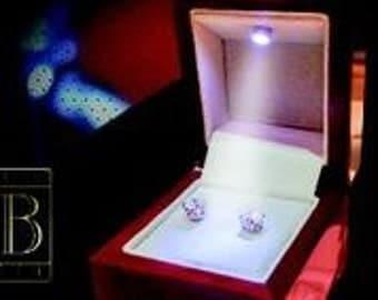 Princess LED Earring Box by BRIGHT BOX illuminate the moment