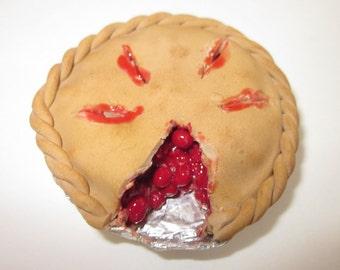 Miniature cherry pie