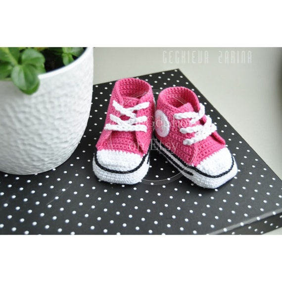 ... shoes - unique booties - baby girl - pink - crochet converse - Nike
