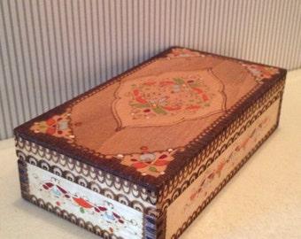 Vintage Folk Art Painted Carved Trinket Box