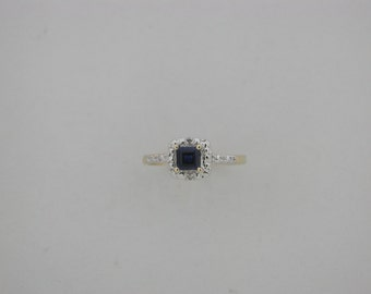 Genuine Sapphire Diamond Ring 10kt Yellow Gold