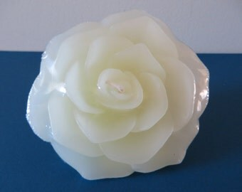 """Pale Yellow Rose Floating Candle -  unscented - 3 3/4"""" in diameter"""