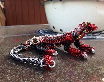 Chain maille lizard sculpture