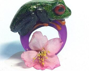 Resin Frog ring