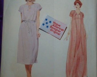 1970s 70s Vintage Geoffrey Beene Dress Knee or Evening Length UNCUT WITH LABEL Vogue American Designer Pattern 1960 Bust 32.5 Inch 83 Metric
