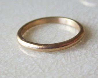 Gold Wedding Band| Recycled 14K Solid Yellow Gold| Stackable Minimalist Ethical Contemporary Eco Friendly