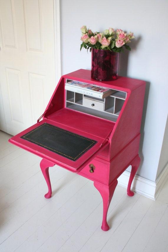 Vintage bureau painted in Pink and paris grey scrittoio