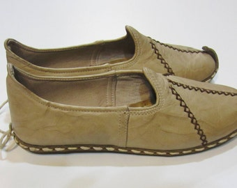 Genuine Leather  HandMade  Organic  Shoes Cream. All shoes numbers is available