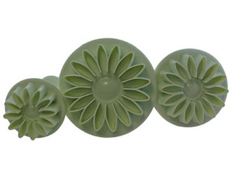 Flower Pattern Clay Cutters (Pkg of 3) By Lisa Pavelka  (MC1901)
