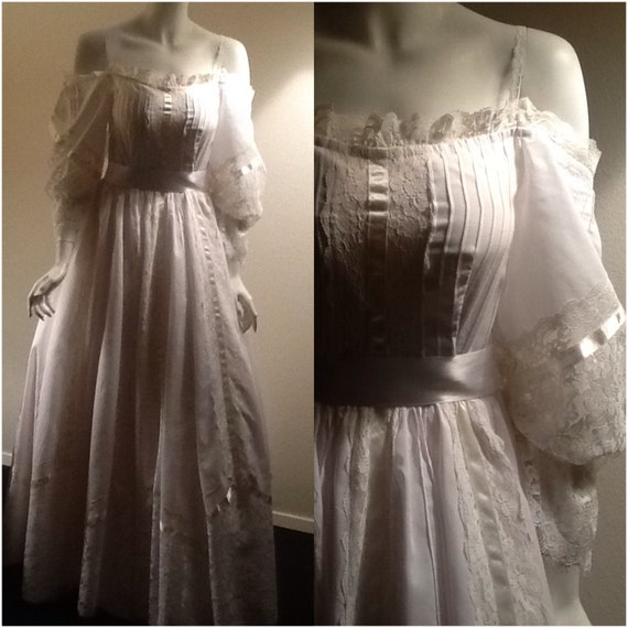 White Wedding Dress / Vintage Bridal Gown / By