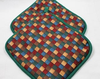 """Pot Holders/Hot Pads - """"Colored Squares-Diamonds"""" - Designer - Thick - Kitchen Item - Gift under 15"""