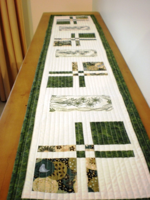 Foyer Table Runner : Quilted table runner hall sideboard