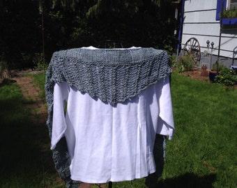 Green ribbed shawl