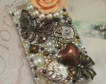 SALE ~ iphone 4/4s case ~ vintage ~ Bronze / Pearl