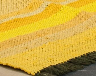 Lude Uno Yellow - ethically produced rug