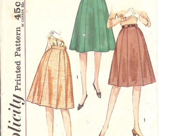 Simplicity 4543 Misses and Womans 1950's gored skirt sewing pattern ID125